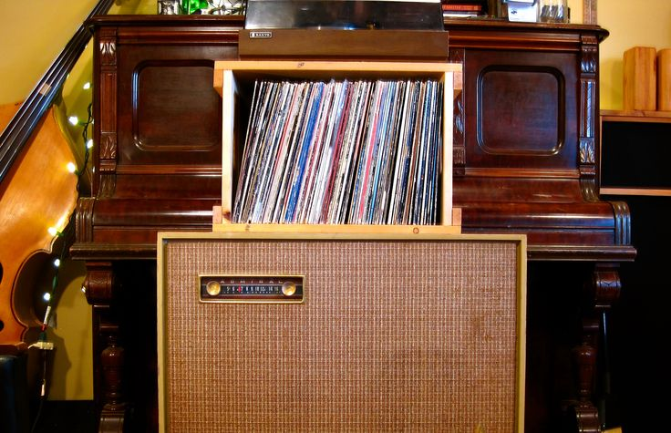 Our Old Funk Record Crate is an soulful old guy! www.cumberlandcratecompany.com