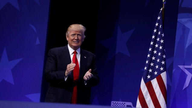26/02/2017 - Les trois objectifs de Donald Trump | Michel C. Auger