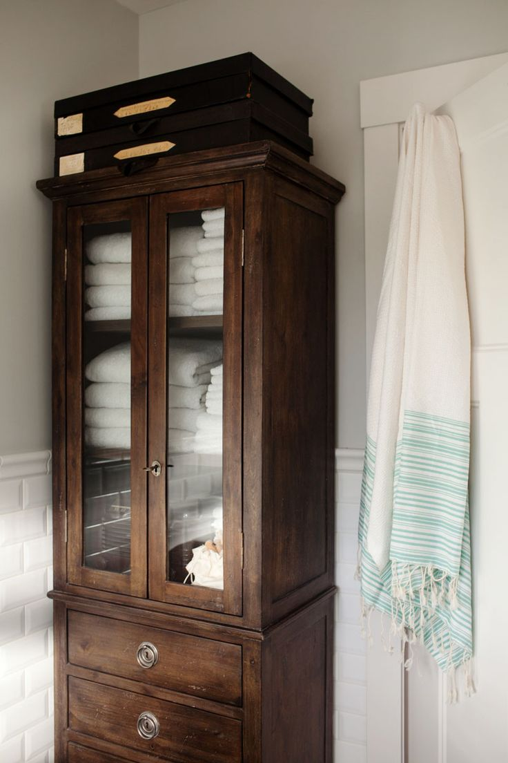 Antique Storage Cabinets 25 Best Ideas About Bathroom Storage Cabinets On Pinterest