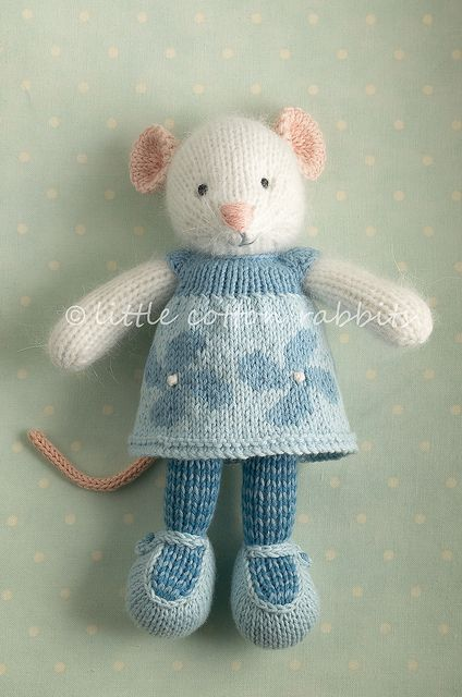 Knitted Mouse.  I think you could turn any bunny pattern into a mouse by changing the ears..........and tail.