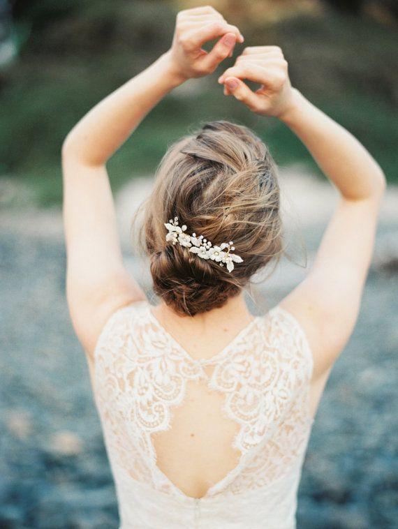 Bridal bandeau Flower Blossom et Crystal Twig par MelindaRoseDesign