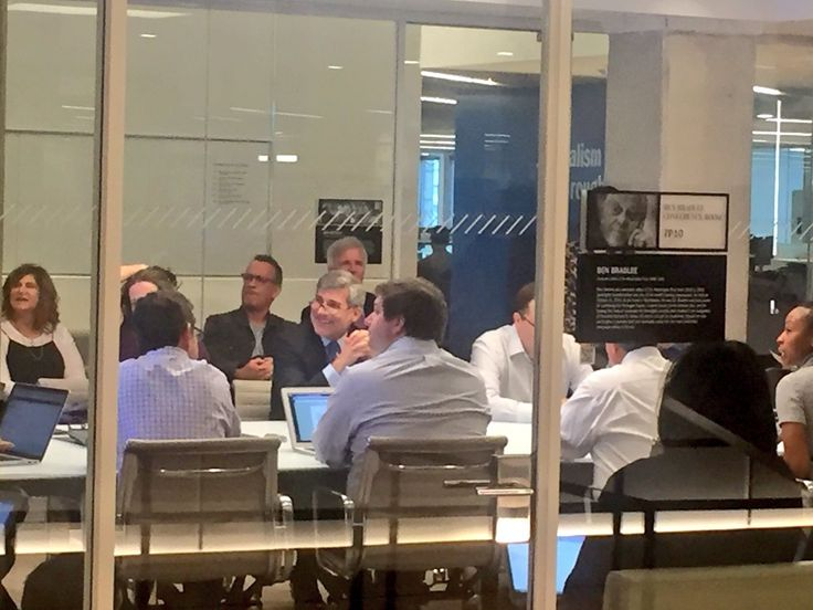 Tom Hanks, and  Spielberg, are sitting in on the washingtonpost news meeting for upcoming movie on Pentagon Papers.
