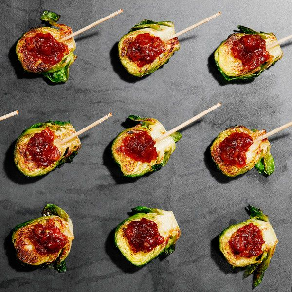 You know you love Brussels sprouts and bacon, but have you ever tried Brussels sprouts and bacon jam?  You (and your hungry party guests) are in for a surprising treat.