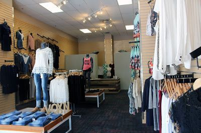 Voxn Clothing- Trendy fashion boutique shops online in Boise Idaho for women. Visit online clothing store to buy latest women fashion.