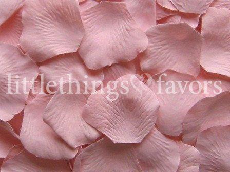 Blush Pink Silk Rose Petals, Blush Artificial Rose Petals, DIY rose petal aisle runner, flower girl petals, wedding petals, petal toss