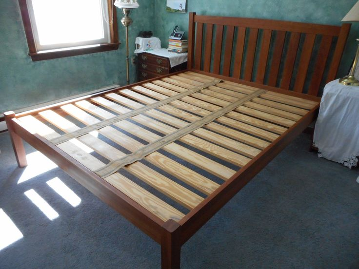 Cherry Wood Vintage Bed Queen Size Vermont Furniture Designs Made In Vermont Mission Bed Excellent Condition Pick Up Only Vintage Bed Furniture Design Wood Beds