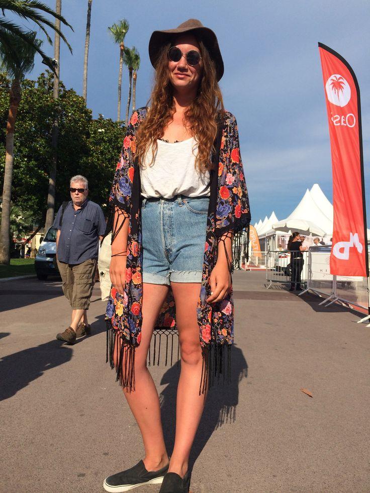 Alyssa from Calgary (Canada). Her look: no worries, hippie, vintage.