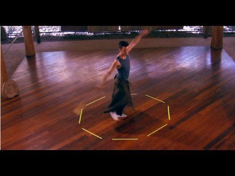 ▶ Poi Lesson: Whirling and Footwork (with extended VJlucidTV visual remix) - YouTube