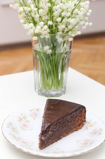Niezwykłe ciasto czekoladowe