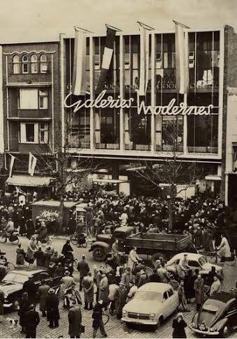 Nostalgie / 1954, Warenhuis Galeries Modernes aan de Vismarkt.