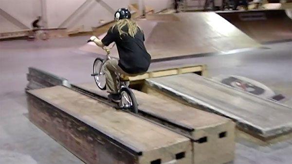 modern-skatepark-nick-bullen-bmx-video.jpg (600×338)
