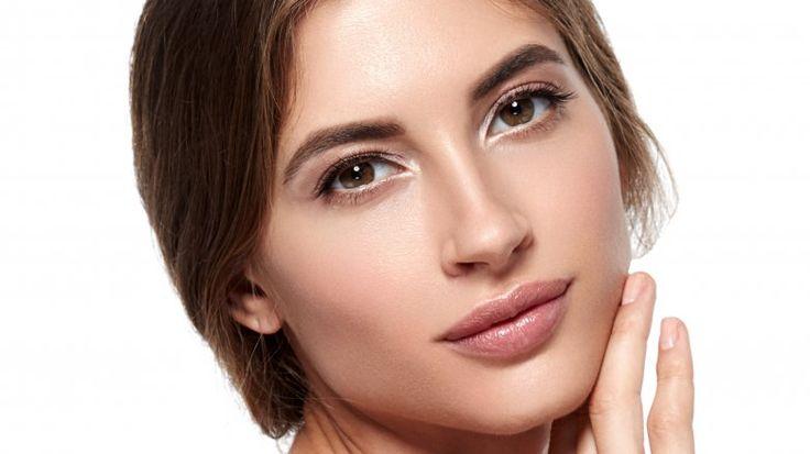 20'li yaşlarınızda cildinizin uzun süre genç ve güzel gözükmesini istiyorsanız dikkat etmeniz gerekenler uzman görüşleriyle birlikte ipuçları.