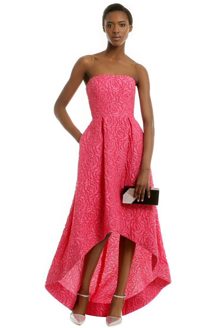 Rent the runway!!! rental $125! retails for 698$ ML Monique Lhuillier Give Me A Smooch Gown