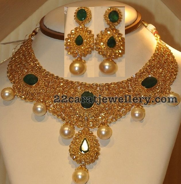 Jewellery Designs: Heavy Uncut Necklace and Earrings