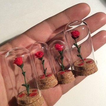 Ideas para decorar botellitas de vidrio para souve…