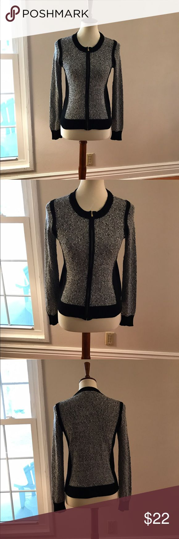 BANANA REPUBLIC Black/WhiteMarled Full Zip Sweater Like new!  Marled sweater with full zipper. Size small Banana Republic Sweaters Cardigans