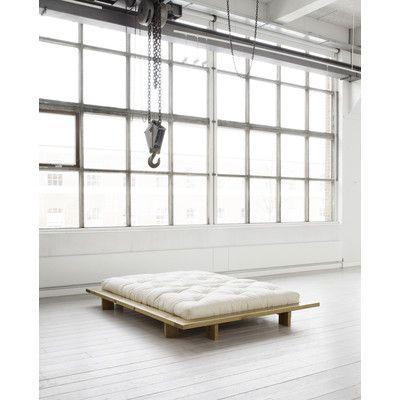 Die besten 25+ Minimalistisches bett Ideen auf Pinterest Bett - schlafzimmer mobel minimalistisch ideen