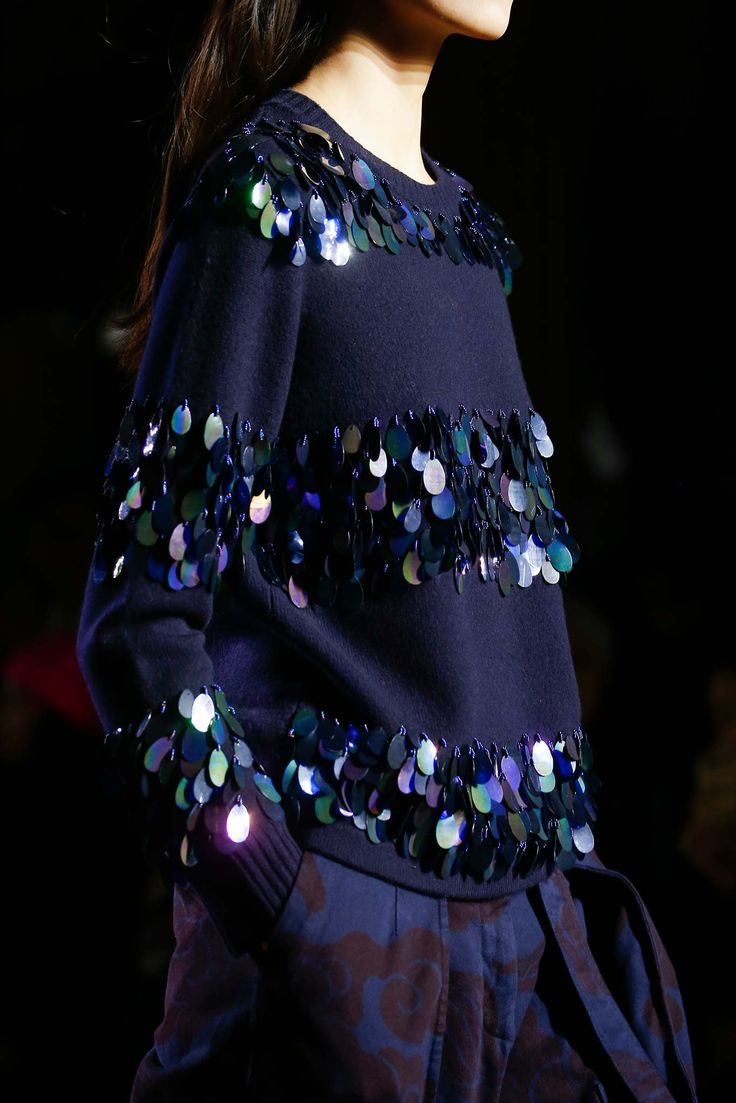 Dries Van Noten Fall 2015 RTW. PFW. Baggy, oversized, navy large sequin jumper.