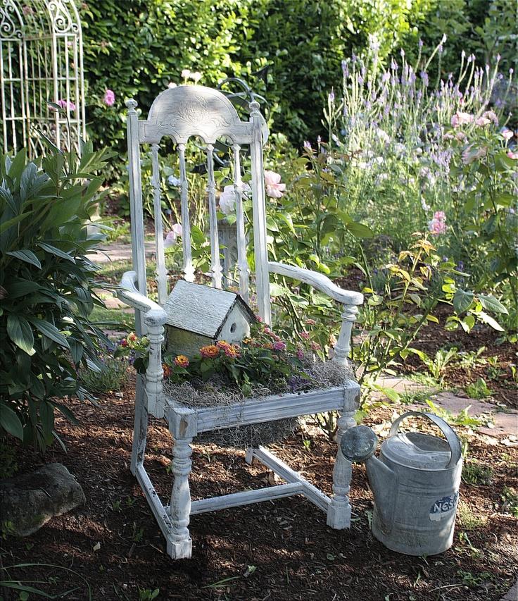 49 besten stuhl bepflanzen bilder auf pinterest gartenst hle dekorieren und g rtnern. Black Bedroom Furniture Sets. Home Design Ideas