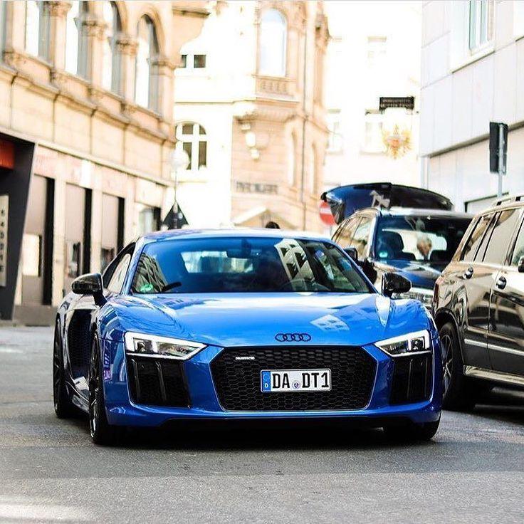 Looks like a splendid  monday Nice black Audi rings accent -- #Audi #R8 picture @jn_mnn ---- oooo #audidriven - what else ---- #AudiR8 #newR8 #R8color #quattro #4rings #AudiSport #drivenbyvorsprung  #audirsperformance #carsbyaudisport #blue #blueaudi #bluer8 #r8love #R8Coupe #audilove #audirings