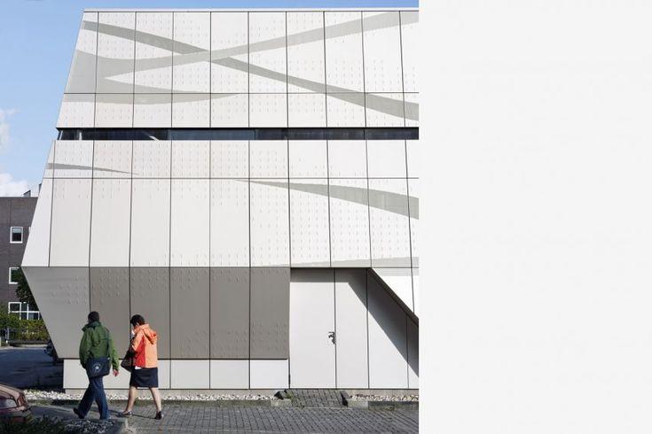 location: Leeuwarden (Show on map)     program: Datacenter, 500 m2     client: RGD, Rijksgebouwendienst     design: 2008 - 2009     completed: 2009     design team: Juliette Bekkering, Monica Adams, Frank Venhorst, Gerard Heerink. Typography: Jaap Bardett