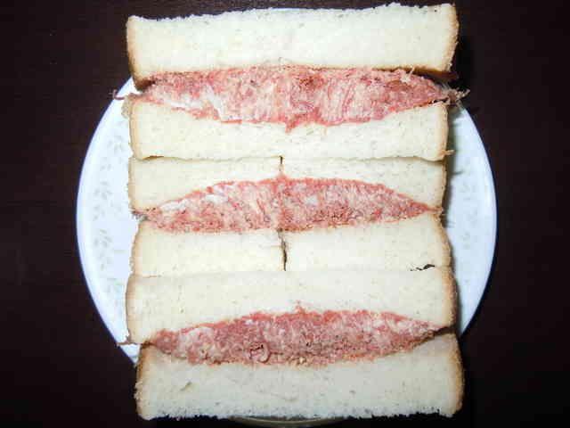 コンビーフのサンドイッチの画像