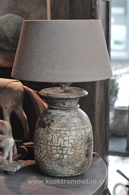 oud houten kruikje als lampvoet