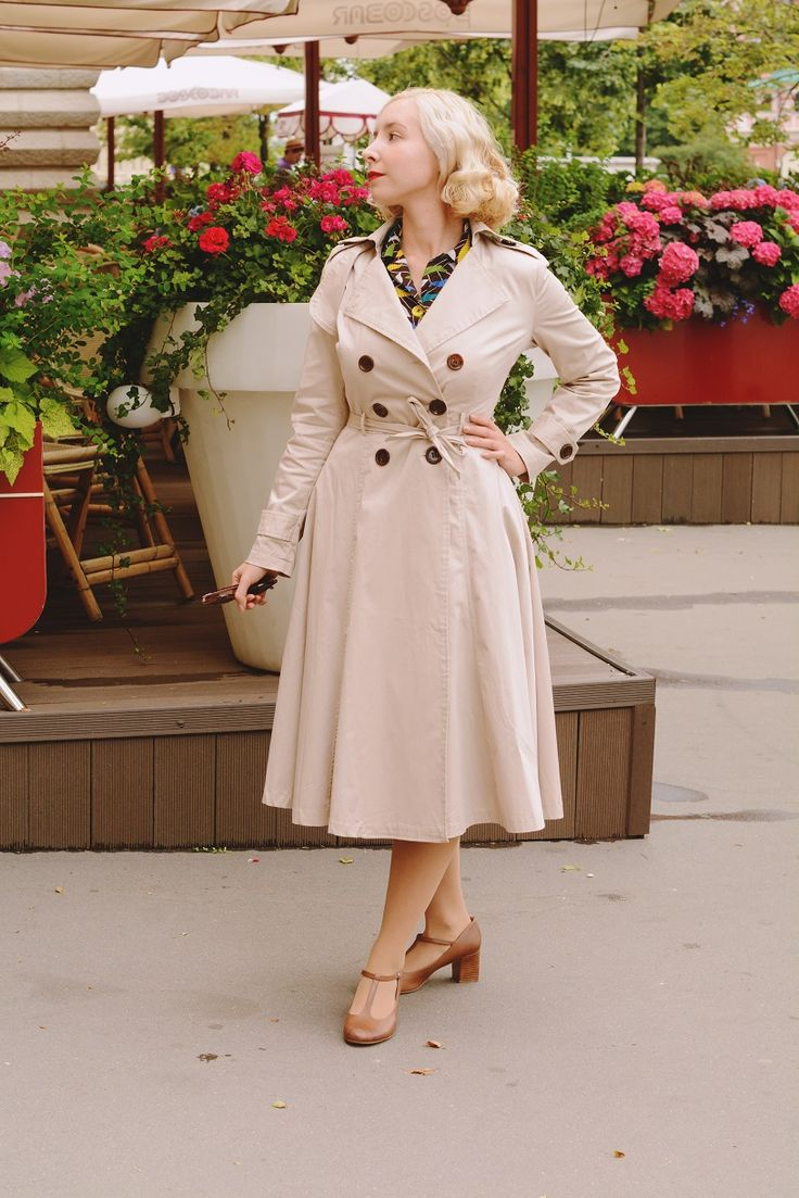 http://www.harlowdarling.com  Collectif Clothing