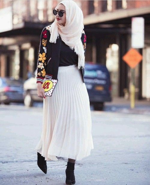 White pleated skirt hijab look- Hijab style and modest outfits – Just Trendy Girls