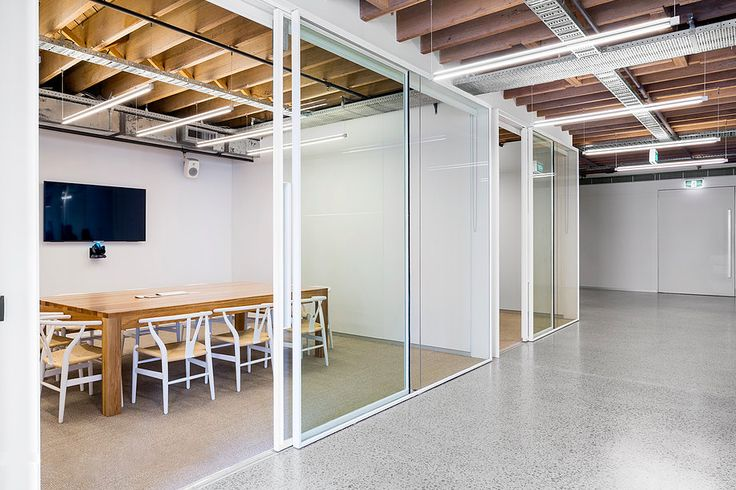 Steel sliding doors for an office in Pyrmont