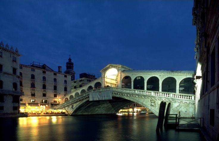 El Puente Rialto de Venecia.