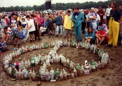 A great idea to collect up all those bottles that need to be recycled! #FestivalFever #PrettyPolly #GossardUK