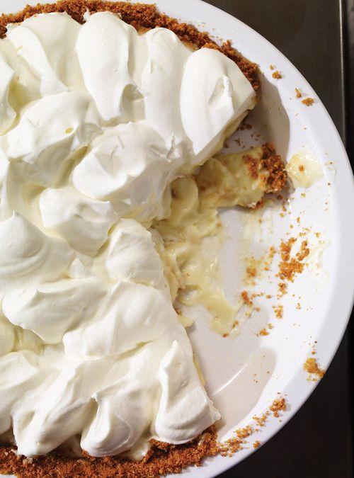 Tarte à la banane et à la crème (Banana Cream Pie) http://www.ricardocuisine.com/recettes/5880-tarte-a-la-banane-et-a-la-creme-banana-cream-pie-