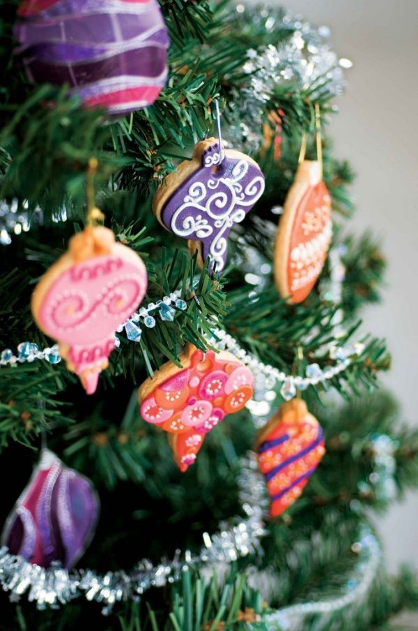 Weihnachten Deko Tannenbaum-Plätzchen backen verzieren-Ideen