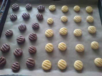 Rezept: Kekse / Plätzchen - Vanillekekse / Schokokekse Bild Nr. 3