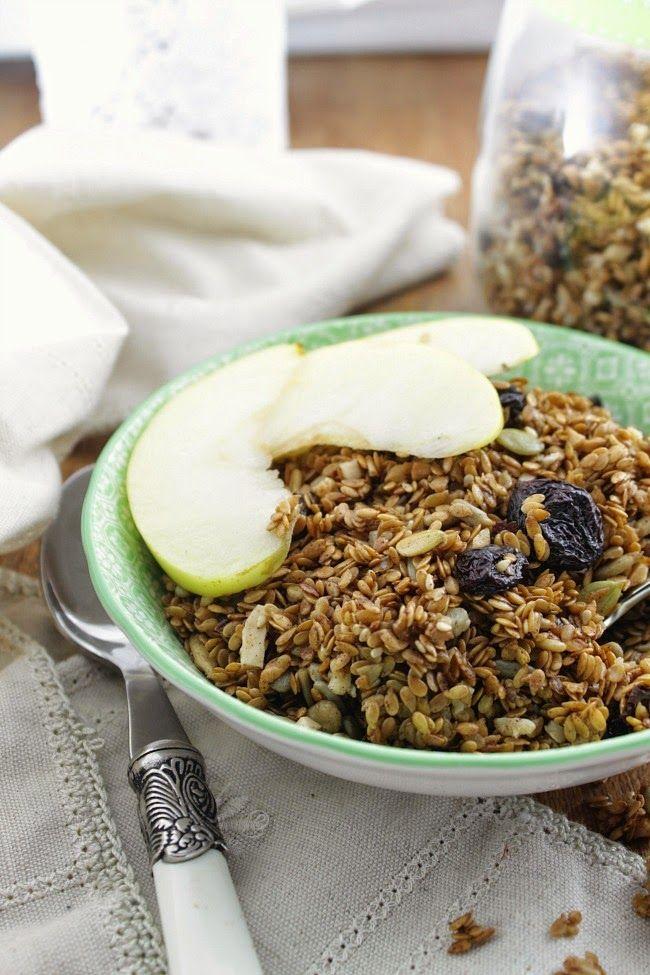 Nem acredito que é saudável!: Granola de linhaça (vegan, sem glúten, sem açúcar). Flax granola (vegan, gluten and sugar free)