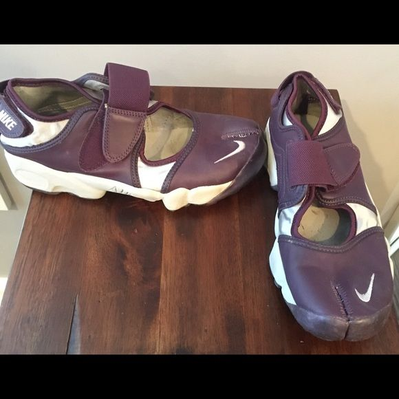 Women's Nike air rift split toe sneakers Burgundy and silver leather air rift split toe sneakers in great condition. Nike Shoes Sneakers