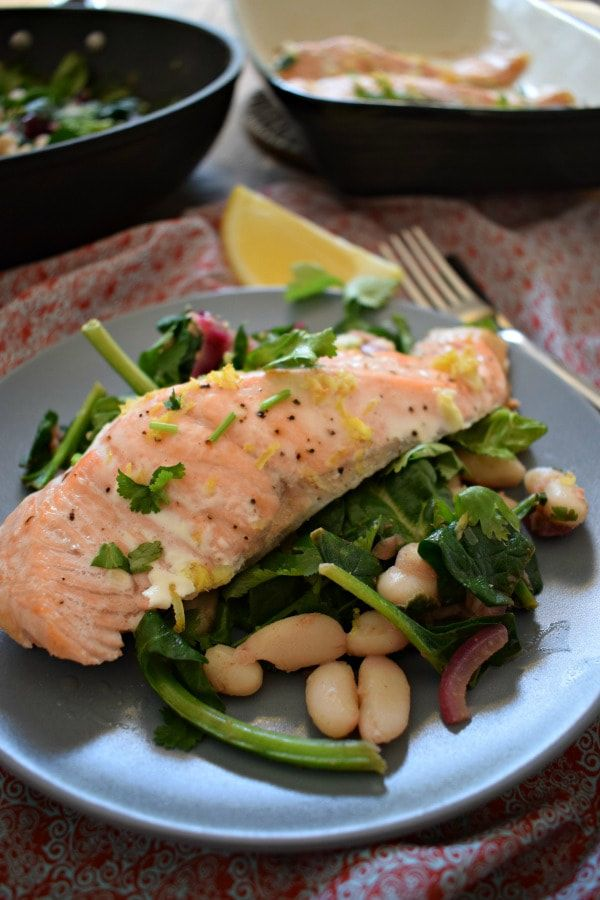 Lemon Salmon with Sautéed Spinach and Cannelloni Beans