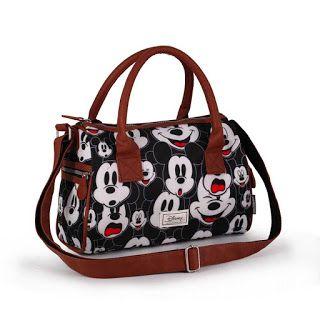 9374cb6571 Pinkbagoly: Hogy tetszik? Eredeti Mickey Mouse-os bowlingtáska... | Disney  Mickey Minnie táskák, pénztárcák | Mickey mouse, Disney mickey és Disney