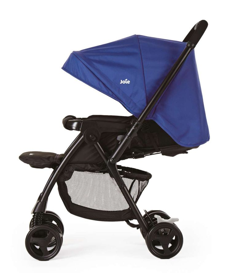 Love this stroller,one of the best that I got to sell. Its neat and great suspension plus you can reverse the handles so your baby is facing you. The large hood can cover the baby and protect from the sun etc.. If I ever have a baby this is the stroller I want :-)
