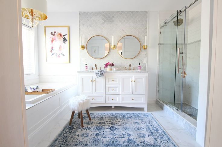 Optimal Usage Of Space And Items For Small Bathroom Ideas: 25+ Best Ideas About Very Small Bathroom On Pinterest