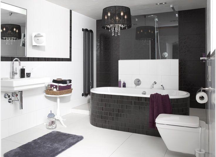 De new classic line badkamer is een goed voorbeeld van een moderne badkamer met klassieke - Voorbeeld badkamer italiaanse douche ...