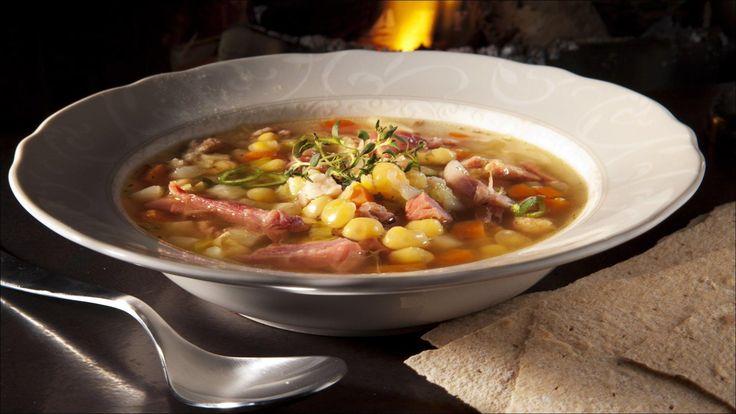 En suppe full av mineraler som vil bli enda bedre hvis den får stå en dag eller to i kjøleskapet. Jeg vil anbefale deg å doble eller tredoble porsjonen når du først er i gang.