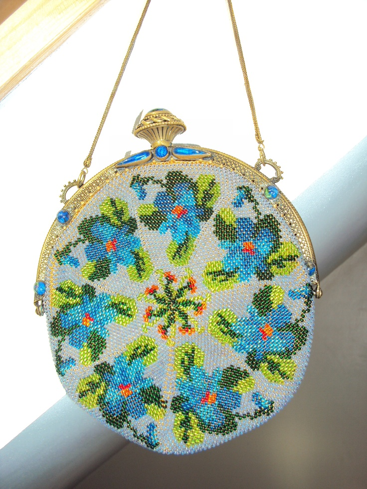 Crochet Beaded Bag Pattern : ... from art nouveau glass beaded purse ventage beaded handbag pin 1