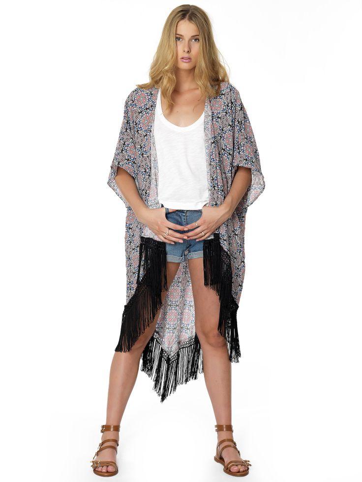 Regalinas longline fringe kimono