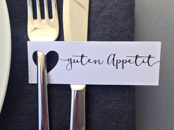 """Hochzeitsdeko - 10 """"Guten Appetit""""-Anhänger mit ausgestanztem Herz - ein Designerstück von FlitterBOOK bei DaWanda"""
