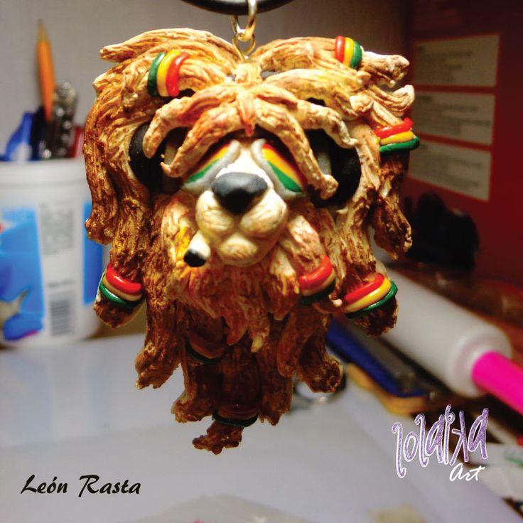 Leon Rasta hecho de Plastilina Polimerica by Lolaika Art.  Rasta Lion of Polymeric Clay by Lolaika Art