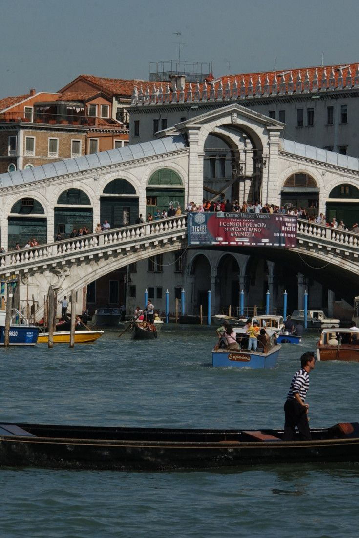 An Insider's Guide To Venice Reveals Meditative Moments In One Of The Wold's Most Visited Cities