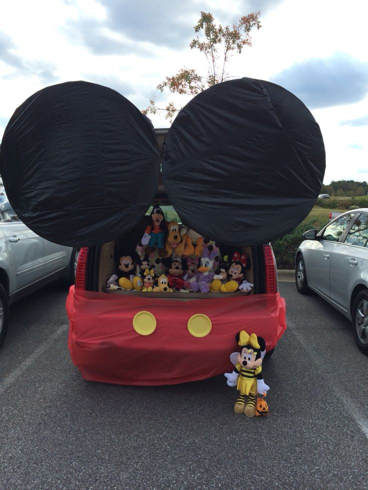 Our Trunk or Treat car - Mickey Mouse Clubhouse!!! Kids loved it!