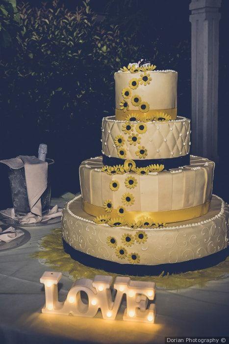 Torte Matrimonio Girasoli : Con girasoli: 43 idee da non farvi sfuggire! torte matrimonio
